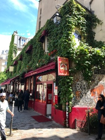 The beautiful streets of Le Marais