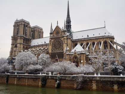 Notre Dame, looking very chilly!
